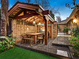 Kew hedge and stone for Landscape contractors melbourne