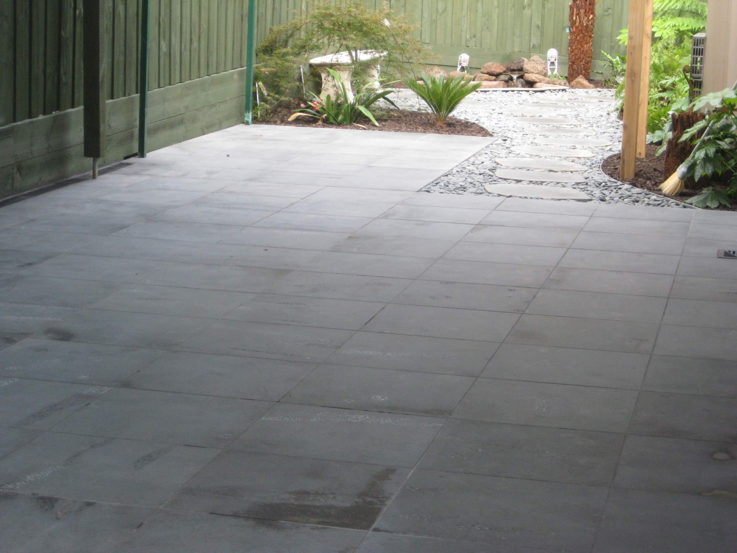 Bluestone Paving Pool Coping In Melbourne